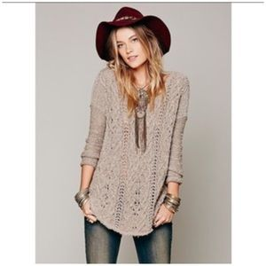 Free People • cross my heart High Low sweater